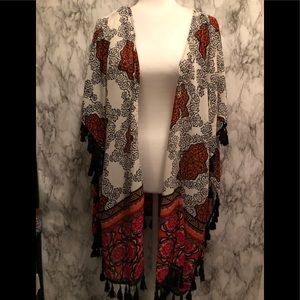 Live 4 Truth patterned long sleeve kimono